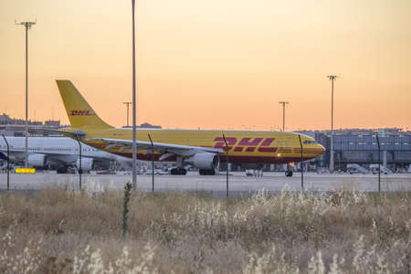 barajas: Jule 2013, Aircraft at the airport, Barajas - Madrid Editorial