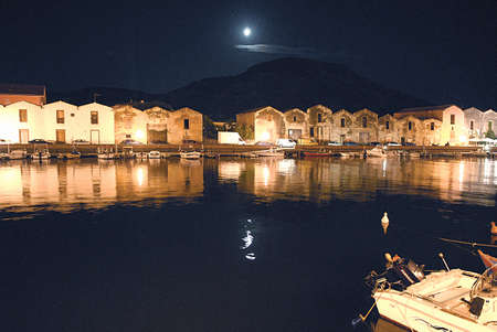 vecchie: Bosa, the old tanneries along the Temo river, at night with the moon
