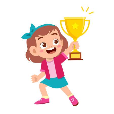 glückliches süßes Kind Mädchen gewinnt Spiel Goldtrophäe