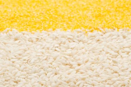 米、トウモロコシのグリッツ背景