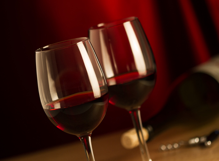drink responsibly: Glasses of red wine