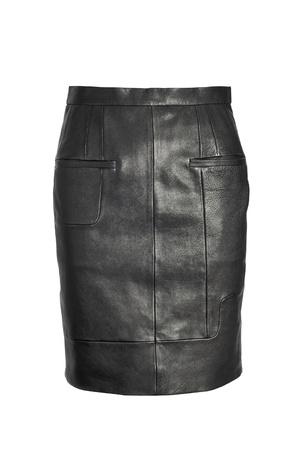 skirts: lujo falda de cuero negro aislado sobre fondo blanco