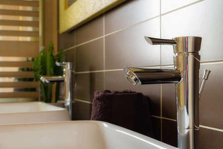 modern bathroom: Furnish bathroom in modern style