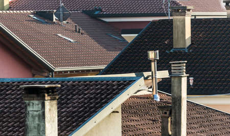 views of the roofs piled with details of the chimney chimneys Zdjęcie Seryjne