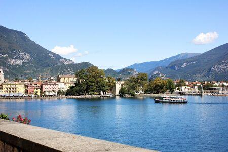 Riva Del Garda, Italy. View on a city. Imagens - 132600729