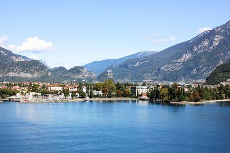 Riva Del Garda, Italy. View on a city Imagens - 132604180