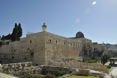 Al-aqsa mosk in the centre of Jerusalem Stock Photo - 14560582