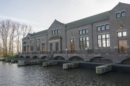 wilhelmina: The cathedral of steam, The ir. D.F. Woudagemaal in Lemmer, opened in 1920 by Queen Wilhelmina, is the largest steam-driven pumping station in the world still in use Editorial