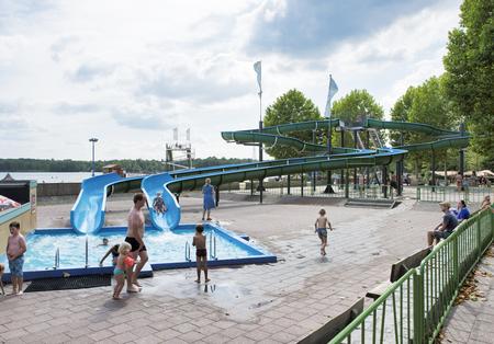 pool at beekse bergen fun park 写真素材 - 117049127