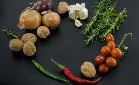 frame of herbs and vegetables 免版税图像