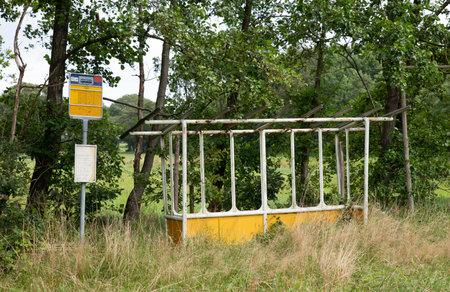 old abandoned busstop Foto de archivo