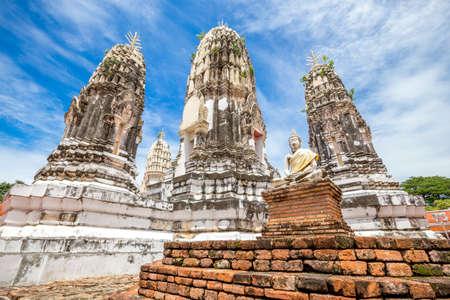 ratchaburi: Wat Phra Mahathat, Buddhist Temple, Ratchaburi province, Thailand