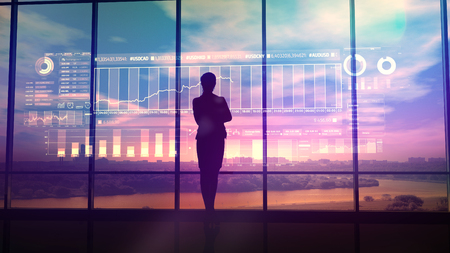 Silhouette von Geschäftsfrau und Börseninfografiken