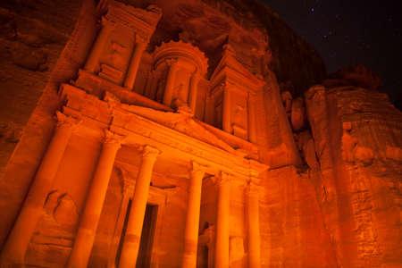 The Treasury at night,  Petra, Jordan Standard-Bild