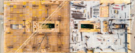 Building under construction - construction site workers - aerial - Top View Imagens
