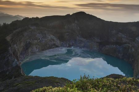nusa: Kalimutu lake. Its location on the island of Flores, East Nusa Tenggara