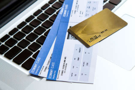 visa credit card: Buying airline tickets on line with a credit card