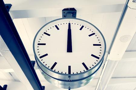 12 o'clock: 12 o clock
