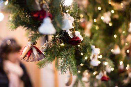 ブダペストクリスマスマーケットブダペストのクリスマスデコレーション、装飾、手作り、クリスマス気分 写真素材