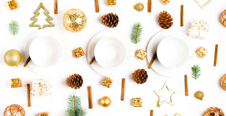 cup of hot coffee on a christmas holiday table. holidays and events Stockfoto - 128261179