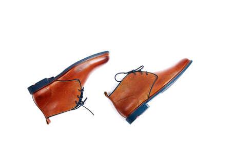 Männliche Schuhe isoliert auf dem Weiß Standard-Bild