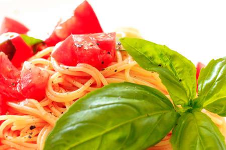 salsa de tomate: Capellini salsa de tomate fr�a