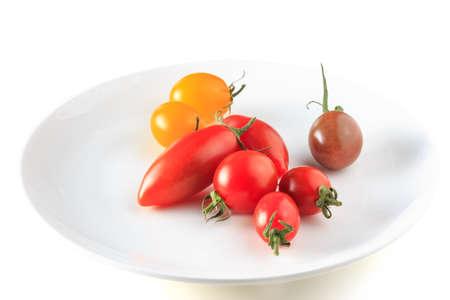 白い背景の上の多くのトマト 写真素材