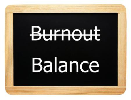 burnout: Burnout  Balance - Konzept Sign - weisser Hintergrund
