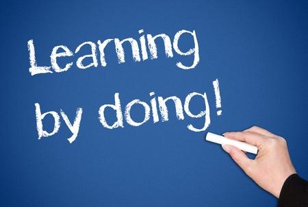Uczenia się przez działanie