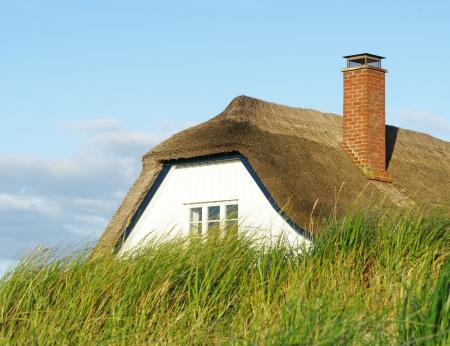 dike: House behind the dike