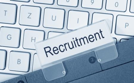 new recruit: Reclutamiento