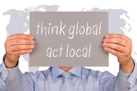 전세계에: 글로벌 생각 - 지역의 역할 스톡 사진