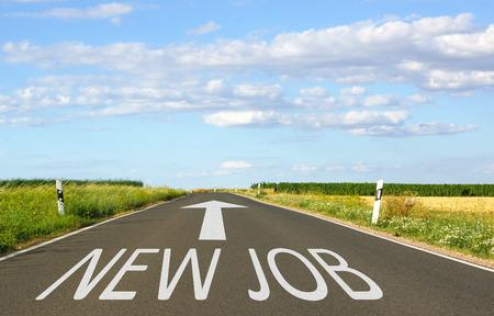 New Job - Rua com a seta