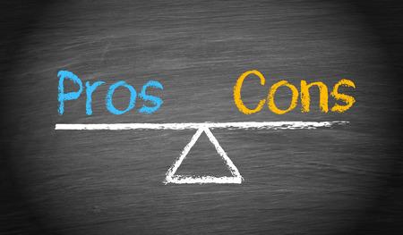 Pros and Cons - Balance Concept Foto de archivo