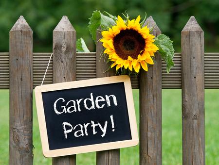 sign: Garden Party