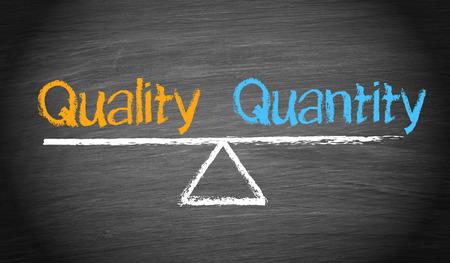 control de calidad: Calidad y Cantidad - Saldo Concepto Foto de archivo