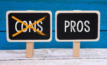 marketingplan: Pros and Cons - Evaluation Concept Stock Photo
