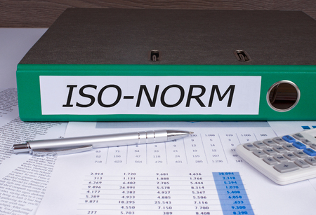norm: Iso Norm binder in the office