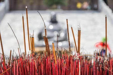 joss stick in the Vietnam Temple 版權商用圖片
