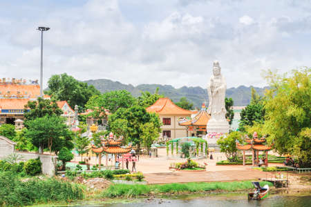 goddess of mercy: Goddess of Mercy Temple in Thailand
