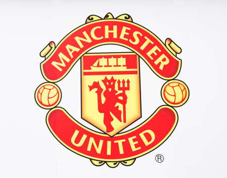 Manchester, England - February 27, 2016: Manchester United FC Badge. Taken in Manchester, England. 版權商用圖片 - 55836759