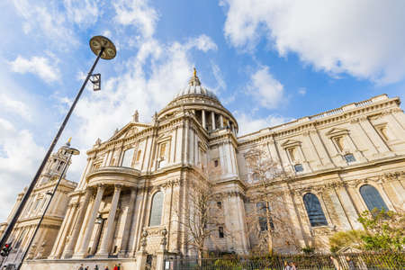 St Pauls Cathedral in London, UK 版權商用圖片 - 56598712