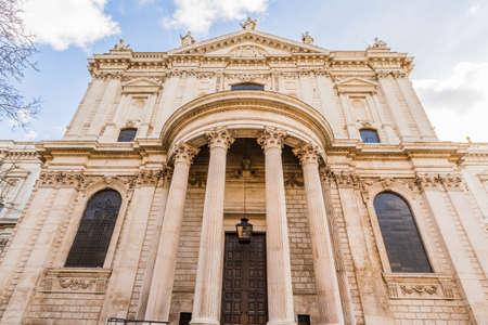 St Pauls Cathedral in London, UK 版權商用圖片 - 56598771