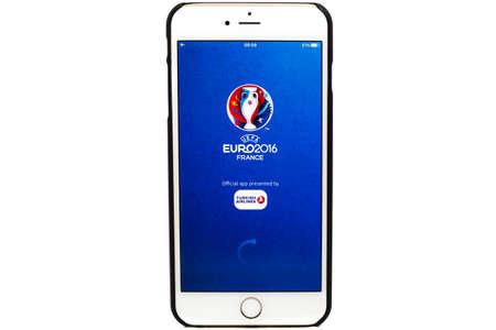 Bangkok, Thailand - June 1, 2016: Official application of 2016 UEFA Euro France on Iphone isolated on white background. 版權商用圖片 - 57542854