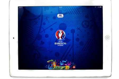 Bangkok, Thailand - June 1, 2016: Official application of 2016 UEFA Euro France on Ipad isolated on white background. 版權商用圖片 - 57542853
