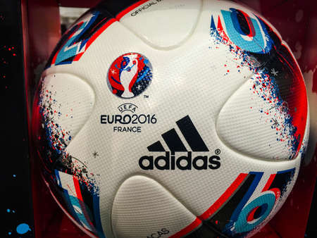 BANGKOK, THAILAND - June 9, 2016: Adidas BEAU JEU official Match Ball for the UEFA EURO 2016 football tournament in France 版權商用圖片 - 58009423