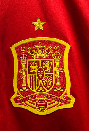 BANGKOK, THAILAND - June 9, 2016: The logo of Spain national football team on official jersey. 新聞圖片