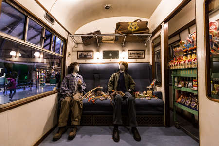 Leavesden, London - March 3 2016: Scene inside Hogwarts express from Harry Potter film  in the Warner Brothers Studio tour 'The making of Harry Potter'. Editoriali