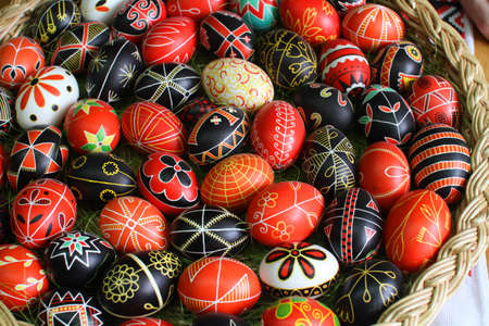 manually: Easter eggs, hand-painted