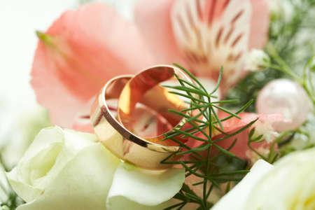 los anillos de boda Foto de archivo